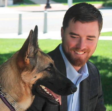 Marine is on a mission to provide service dogs for vets with PTSD
